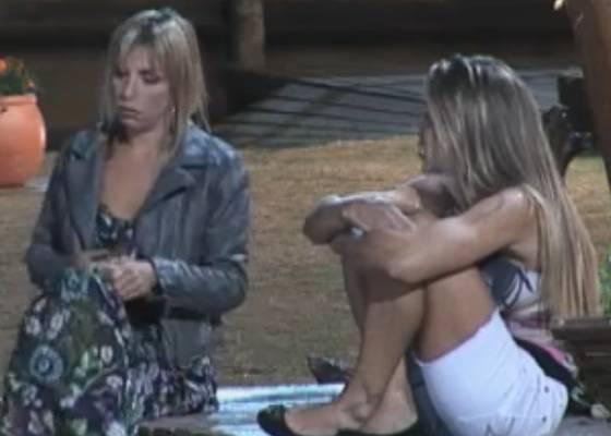 Joana e Anna falam mal dos homens da casa (07/8/11)