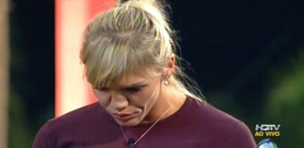Duda foi a primeira participante de reality show no Brasil a ser expulsa por agressão (09/08/11)