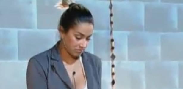 Dani Bolina será indicada para a Roça pela colega de grupo Anna Markun (17/08/11)