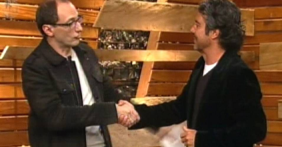 João Kléber conversa com Britto Jr. (18/08/11)