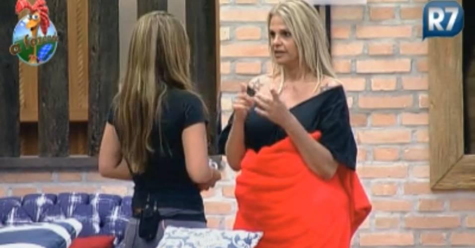 Monique conta para Raquel que acha que Gui fez macumba (21/8/2011)
