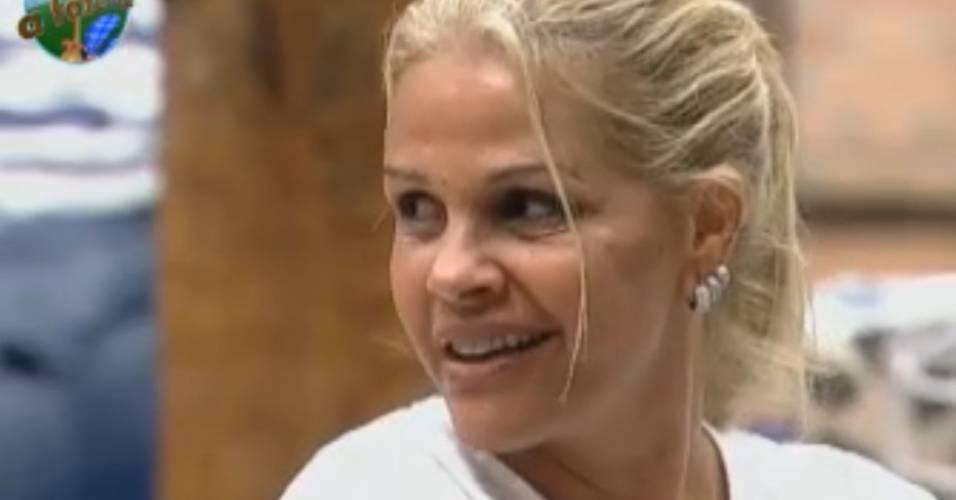 Monique planeja maneiras de prejudicar Gui na prova do fazendeiro (29/8/11)