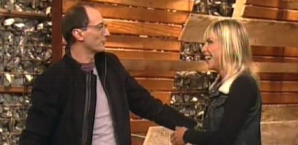 Anna conversa com Britto após a eliminação (01/09/11)