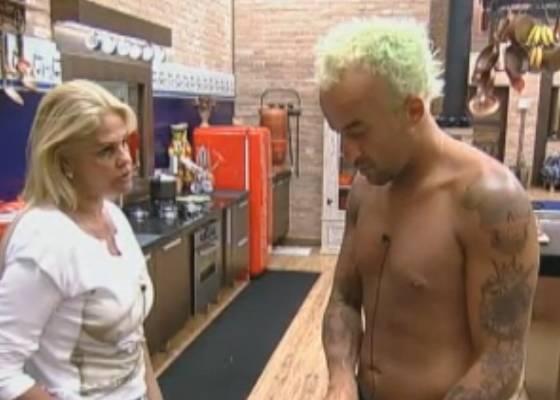 Monique conversa com Gui (06/9/11)