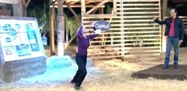 Raquel comemora depois de vencer prova do fazendeiro (06/09/11)