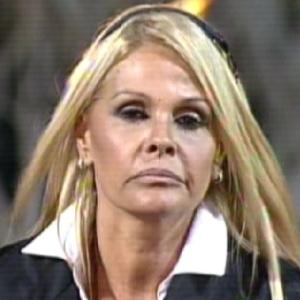 Monique Evans está na roça (11/09/2011)