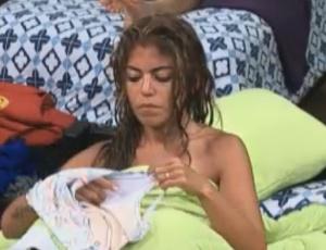 Raquel Pacheco se troca (12/09/2011)