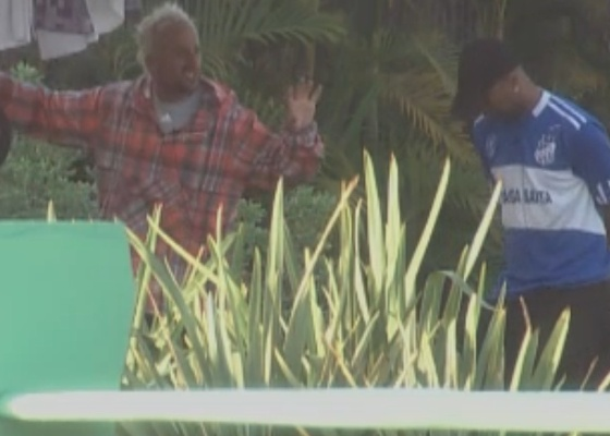 Gui e Dinei dizem que Monique deu golpe para não realizar tarefa (13/9/11)
