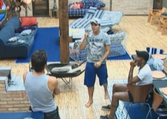Marlon, Thiago e Dinei conversam sobre votos (14/9/11)