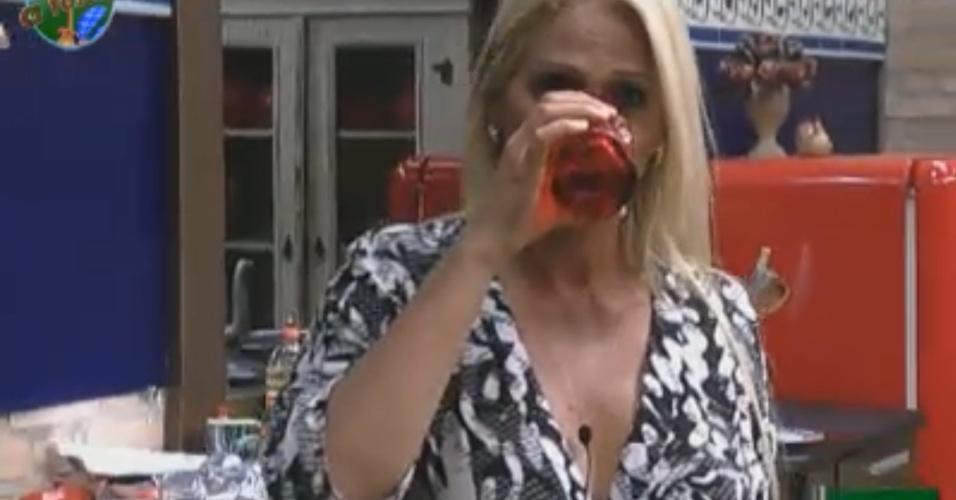Monique fica irritada após saber que foi escolhida para disputar desafio semanal (18/9/11)