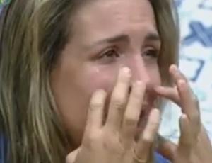 Joana Machado chora e lembra dos filhos (23/09/2011)