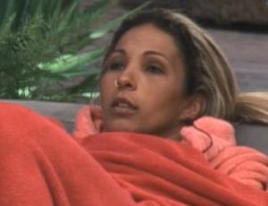 Valesca conversa com Raquel sobre semana decisiva (24/09/11)