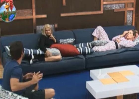 Marlon, Monique e Joana reclamam de Raquel, Valesca e Thiago por terem ficado em cima do muro