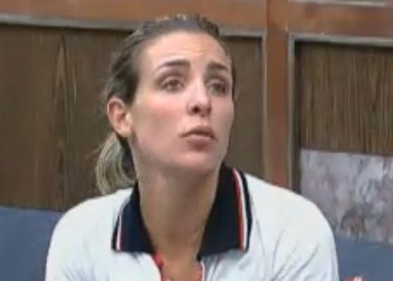 Joana Machado conta que já ganhou dois carros no programa (30/9/11)