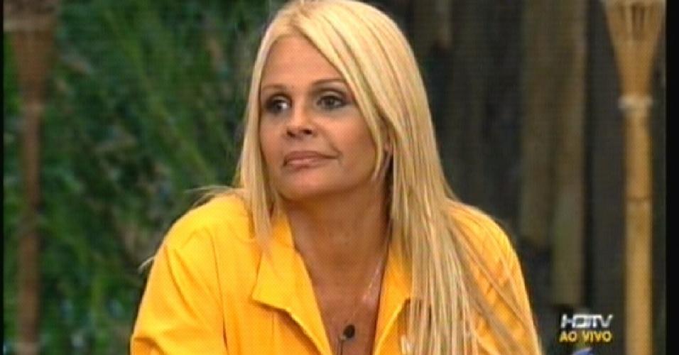 Monique Evans foi indicada por Valesca Popozuda (02/10/2011)