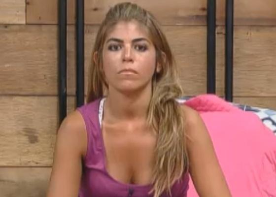 Raquel anuncia que vai comer pão com manteiga até o fim do reality (03/10/11)