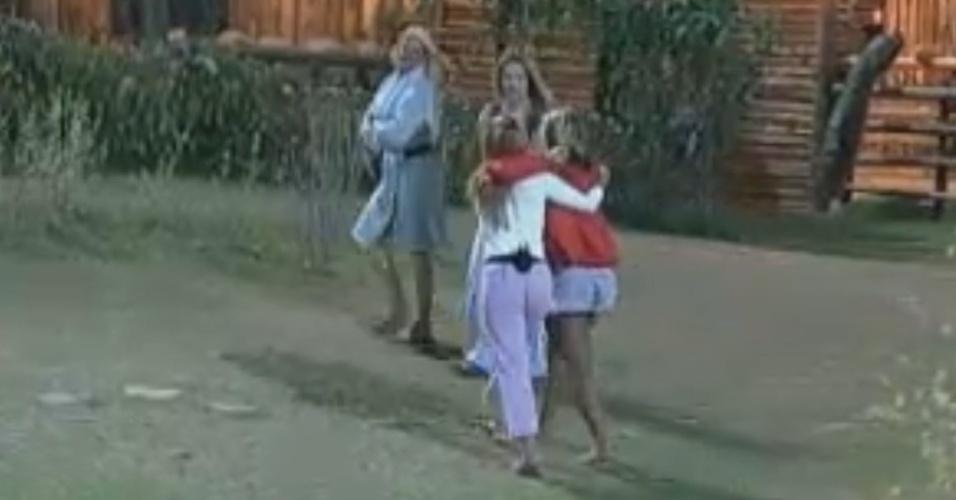 Restam apenas quatro mulheres na Fazenda (04/10/11)