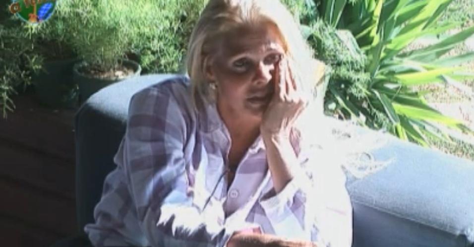 Monique critica Joana e diz que peoa não estava mais do lado das mulheres (07/10/11)