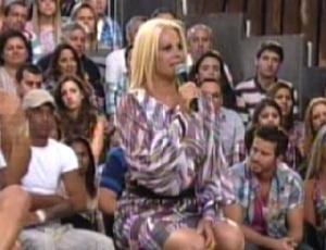 Monique enumera motivos para ganhar o prêmio de R$ 2 milhões (12/10/11)
