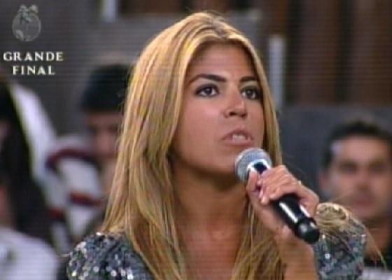 Raquel fica em terceiro lugar no reality show (12/10/11)