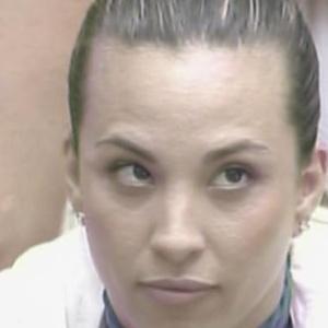 Michelly ficou irritada com Maria, pois recebeu o castigo do monstro (28/1/11)