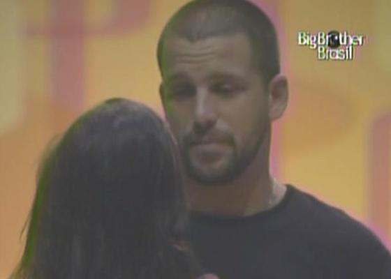 Durante papo com Talula, Diogo garante que tem torcida fora do reality e não sai da casa do BBB 11 por nada (26/2/11)