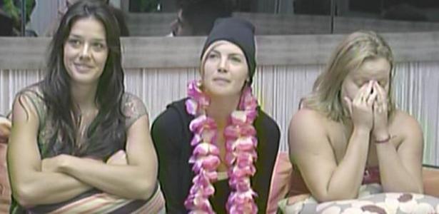 Talula,, Diana e Paula conversam com Bial (6/3/11)