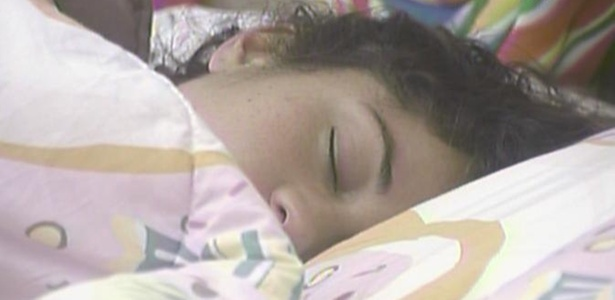 Maria é uma das mais dorminhocas da casa do BBB 11 (10/3/11)