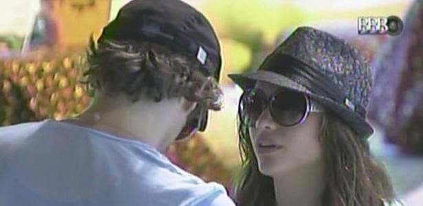 Mau Mau e Maria voltaram a discutir a relação durante a festa do último sábado (13/3/11)