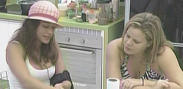 Maria e Paula preparam o almoço da casa de luxo (14/3/11)