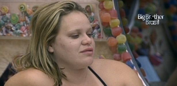Paula revela a Daniel que está na expectativa para o texto de eliminação deste domingo (20/3/11)