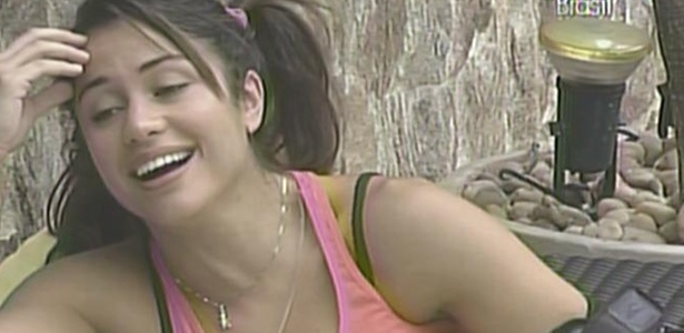 Maria diz a Daniel que todo mundo da casa ficou meio louco por causa do confinamento (21/3/11)