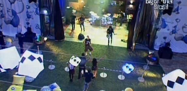 Começa o show da banda Capital Inicial na noite desta quarta-feira (23/3/11)