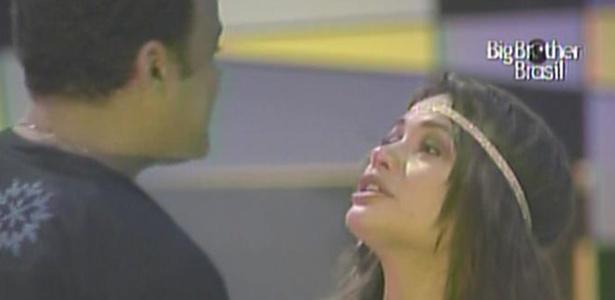 Maria chora e volta a dizer que torce pela vitória de Daniel (23/3/11)