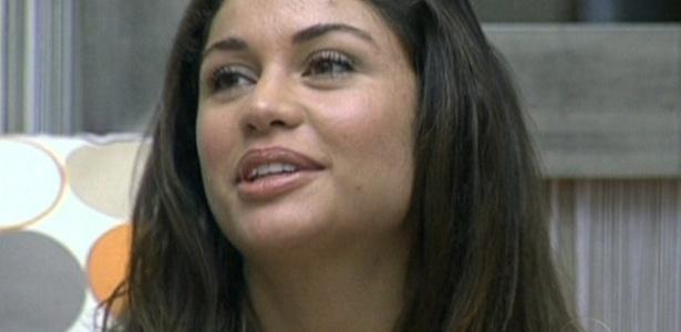 Maria diz a Pedro Bial que não esperava chegar tão longe no jogo e que está muito feliz por isso (24/3/11)