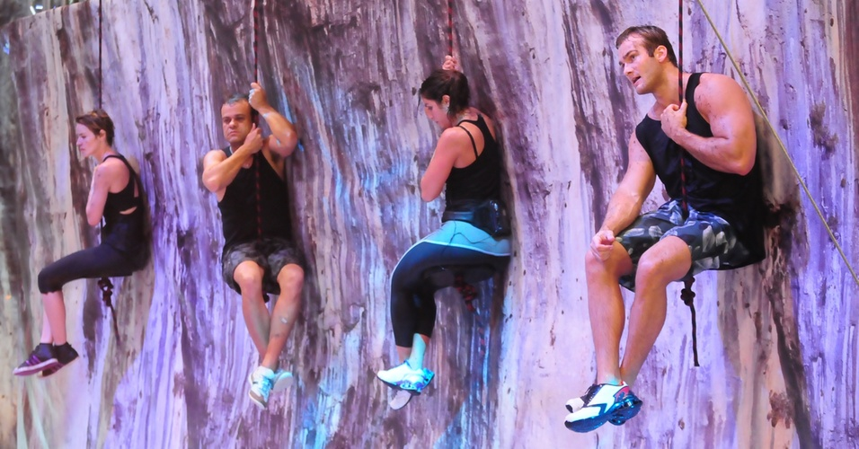 Diana, Daniel, Maria e Wesley disputam a primeira etapa da prova do líder (24/3/11)