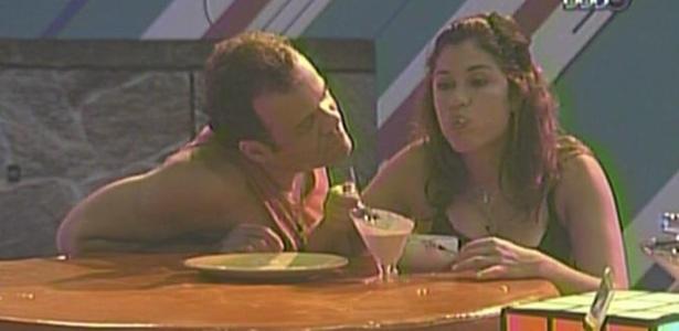 Daniel volta para a festa e tenta fazer as pazes com Maria (27/3/11)