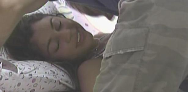 Wesley acorda Maria com beijos (28/3/11)